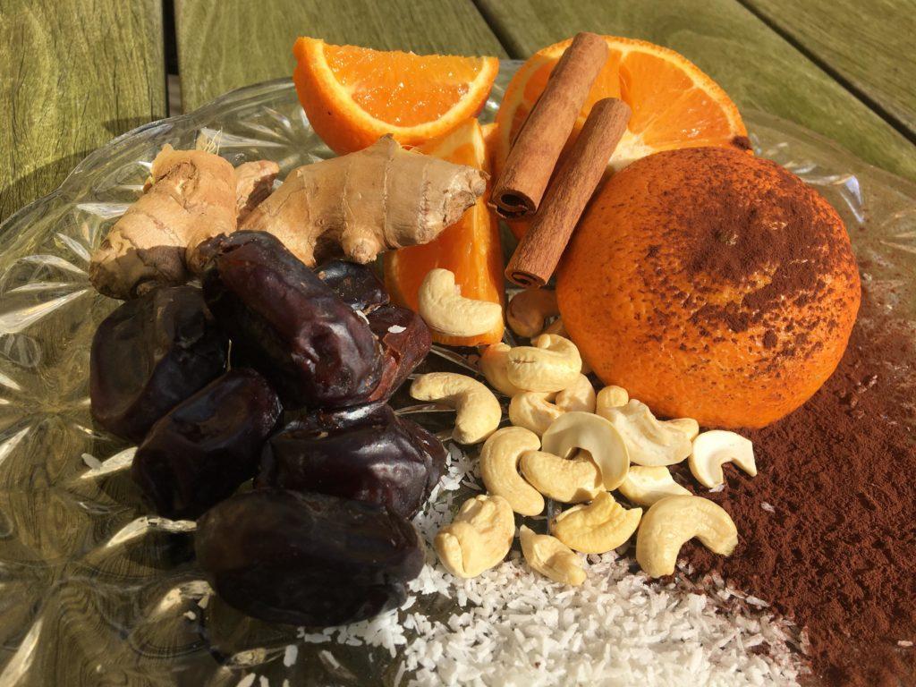 rawfoodkugler med krydderier lavet på stenstruplund kursuscenter